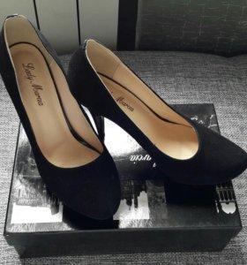 Туфли новые, замша