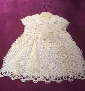 Платье нарядное+ободок +пинетки