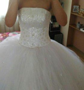 Свадебное платье+шубка+фата