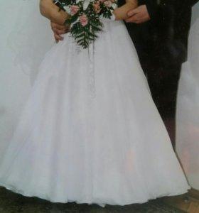 Счастливое свадебное платье, фата, перчатки
