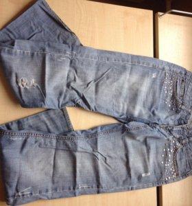 Продам турецкие джинсы 42-44р