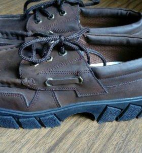 Ботинки(топсайдеры)
