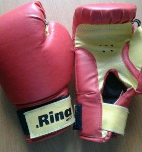 Перчатки боксёрские Ring иск. кожа 8 oz