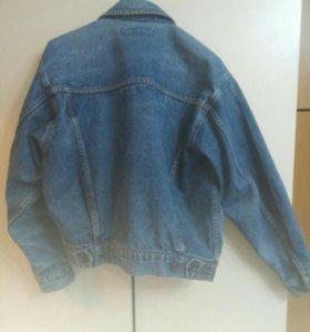 Джинсовая куртка.Бронь