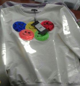 Новый свитер размер м