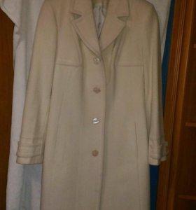 Пальто шерсть 48