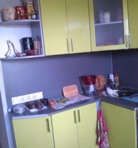 Кухонный гарнитур мдф салатовый металлик