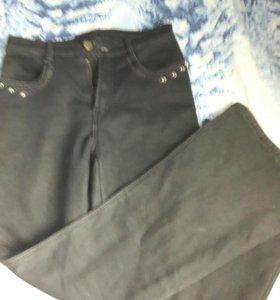 Брюки джинсы тёплые р28,можно обмен