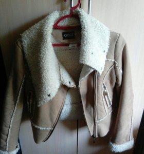 Куртка женская. Из натурального меха овчины.