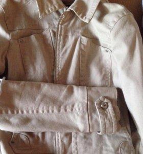 Курточка приталеная