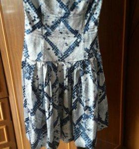 Платье шелк 44 р-р.