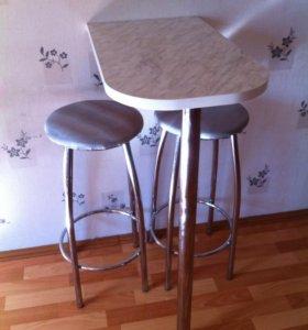 Столик и стулья