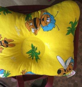 Подушка  ортопедическая для сна младенца
