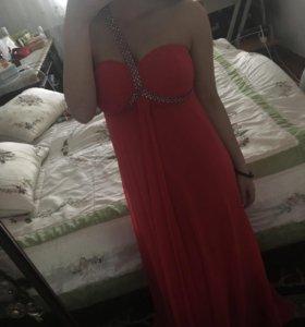 Красивое платье 👗✔️