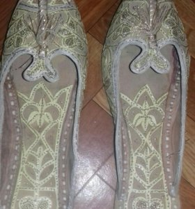 Восточные туфли новые