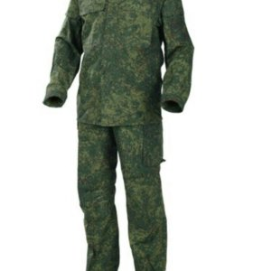 Камуфлированный костюм
