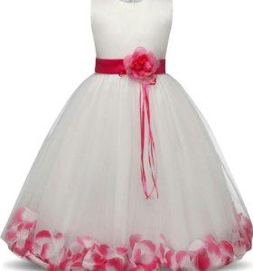 новое очень необычное платье на любой праздник
