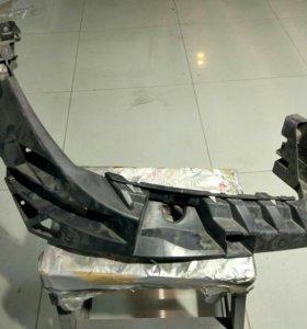 Кронштейн правой фары Mercedes M-Сlass W166 (ML)