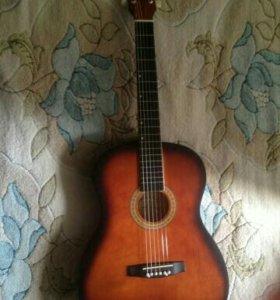Продам новую гитару.
