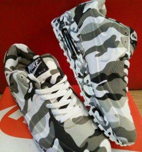 Кросовки мужские новые Nike
