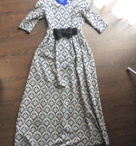Платье длинное в пол