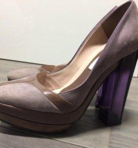 Замшевые туфли Pollini. Оригинал