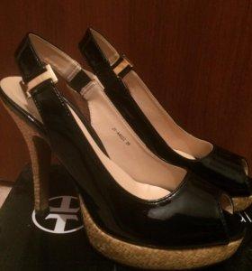 Туфли новые, неношенные 38 р