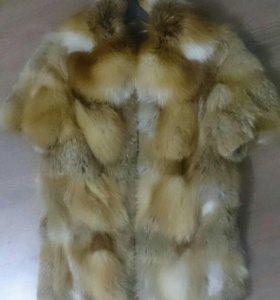 Жилетка-полушубок из натуральной лисы
