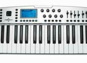 MIDI-клавиатура M-Audio Ozonic