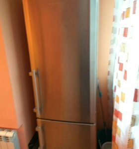 Холодильник Либхер