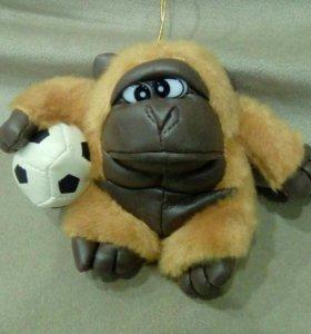 Игрушка обезьянка с мячом на присоске