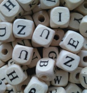 Бусины Буквы. Дерево. Английский алфавит10р Штука.