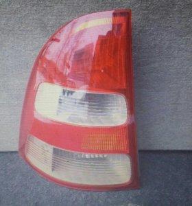 Задний стоп-сигнал на Филдер 2000-2002 г.в.