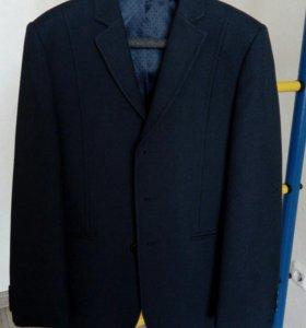 Продам пиджак VAN cliff на мальчика + брюки 2 шт