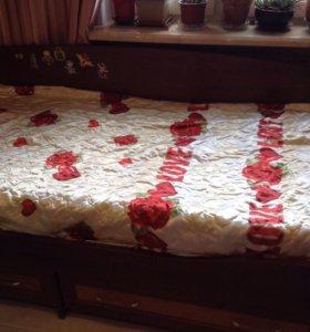 Кровать односпальная с матрацем