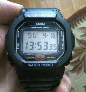 отличные новые часы