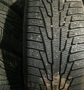Зимние шины 235,245/45R18