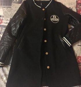 Тонкое пальто(бомбер)