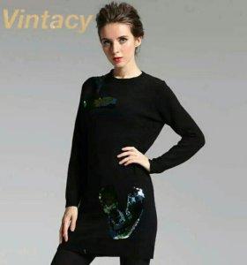 Новое шерстяное платье-свитер