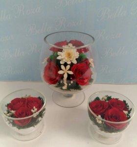 Букет из красных роз в стекле