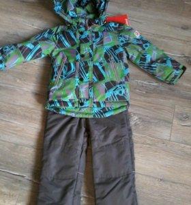 Новый демисезонный костюм 92-98