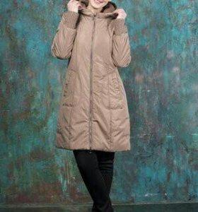 Пальто женское на синтепоне новое.