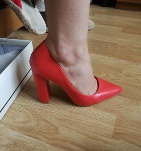 Новые туфли Lost ink.