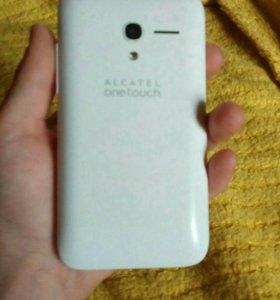 Продам телефон Alcatel one touch pop d3