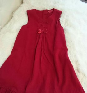 Праздничное платье на девочку, размер 122 -128.