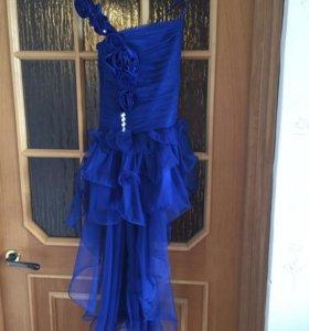 Нарядное платье рост 134-140