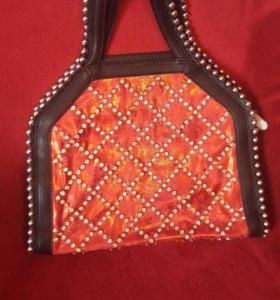 сумка со стразами модная