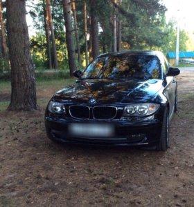 Автомобиль BMW 116i