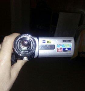 Видеокамера Sony DSR-SX85E