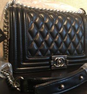 Сумка Chanel Boy Flap Bag (Шанель Бой)